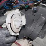 چگونگی تعویض پمپ تخلیه ماشین ظرفشویی بوش