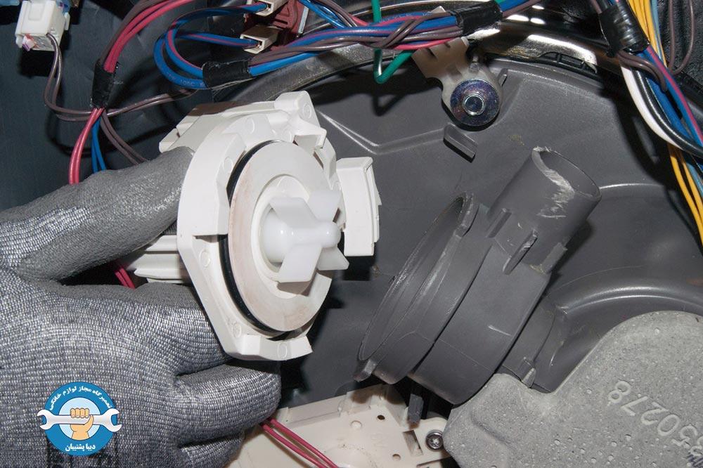 چگونگی تعویض پمپ تخلیه ماشین ظرفشویی