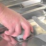 چگونگی تعویض مخزن نمک ماشین ظرفشویی
